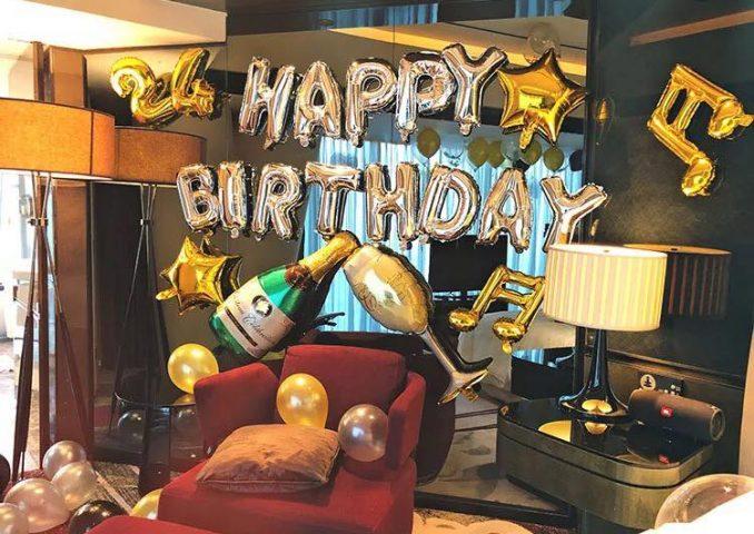 Bóng trang trí sinh nhật quán karaoke